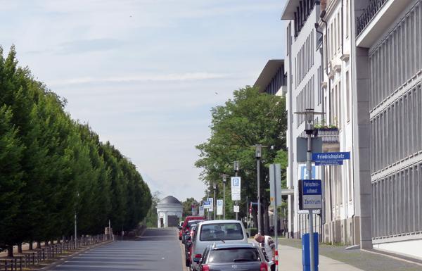Kassel - Blick zurück auf der Promenade