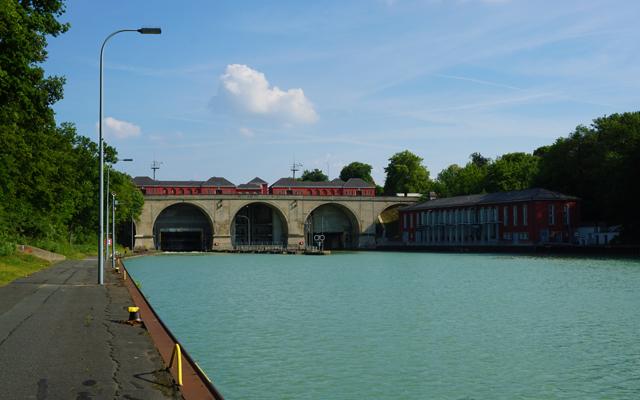Schleuse in Anderten/Hannover am Mittellandkanal