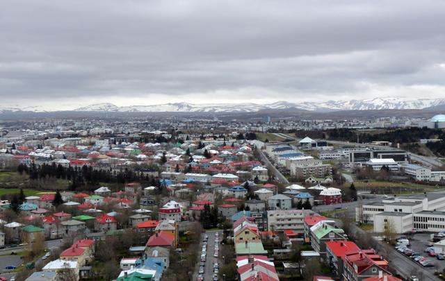 Blick von der Hallgrímskirkja über Reykjavík